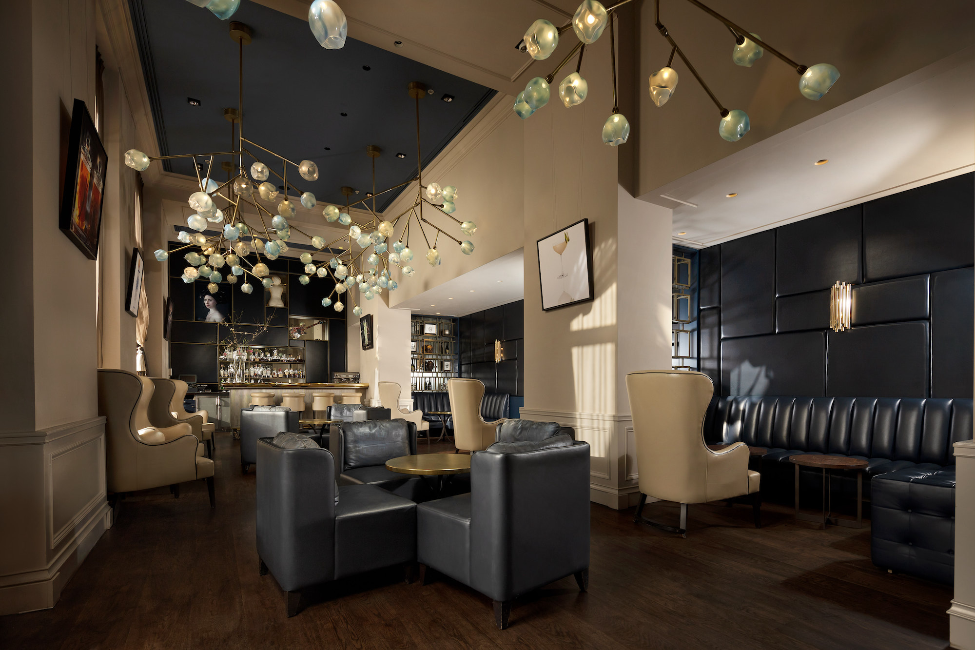 Amstel Hotel Bar