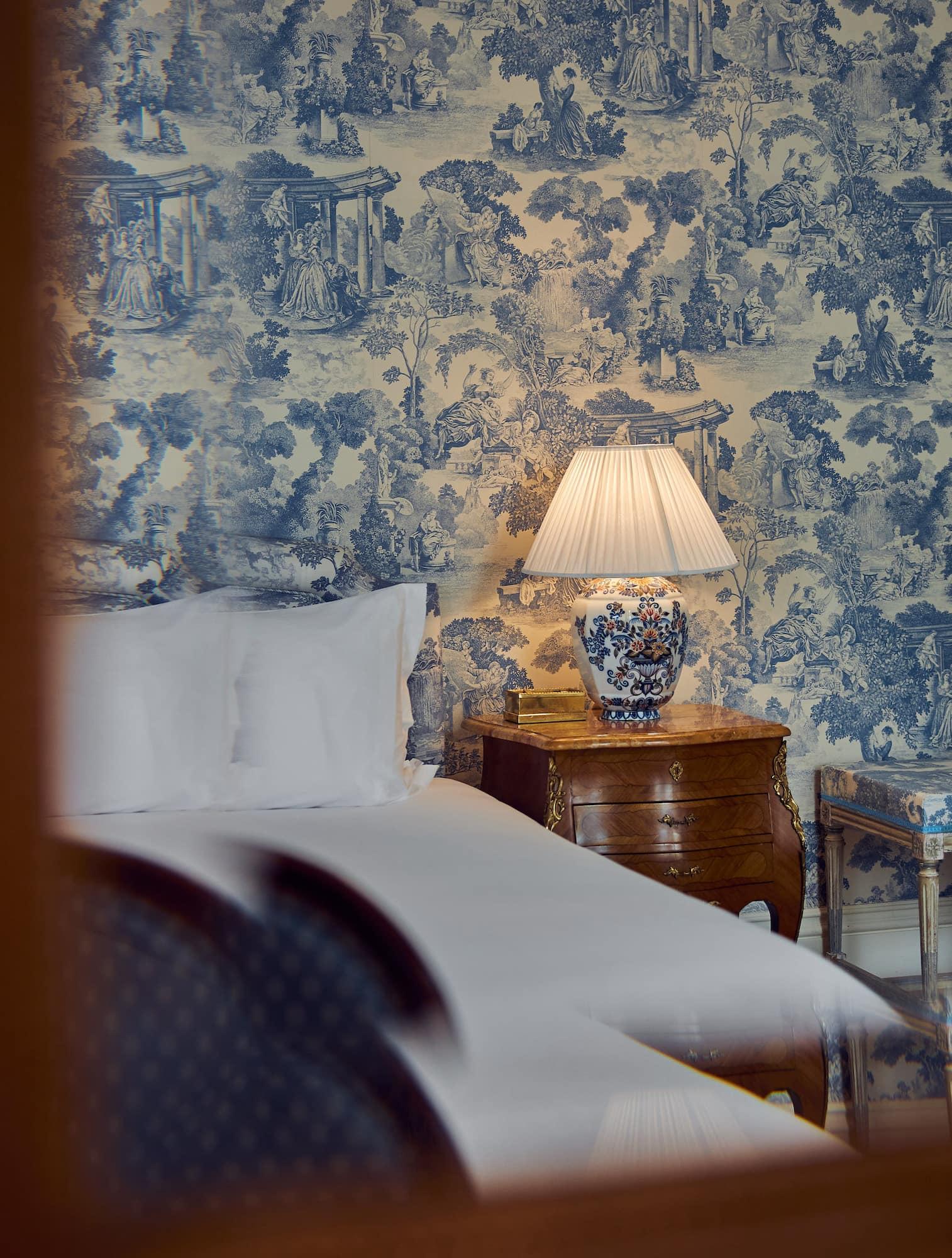 AmstelHotel-Room201-Details3